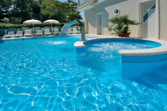 Residence cattolica con piscina residence 3 stelle - Hotel cattolica 3 stelle con piscina ...