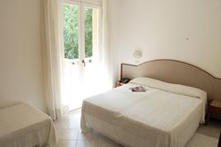 Appartamenti cattolica con piscina affitti estivi - Residence cattolica con piscina ...